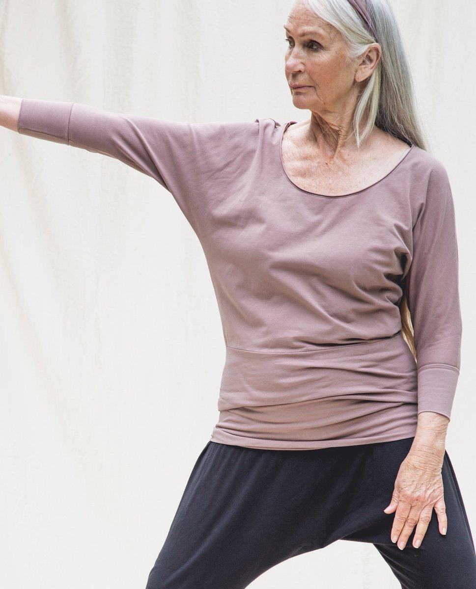 Miakoda Organic Cotton Yoga Batwing Top In Rosewood