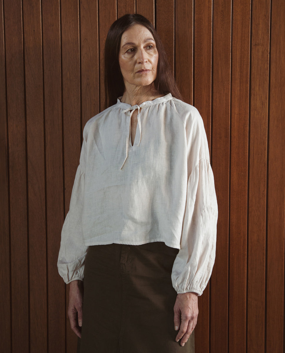 Francesca Linen Top In Perfectly Pale