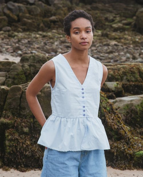Beaumont Organic Tamsin Organic Cotton Blouse In Pale Blue