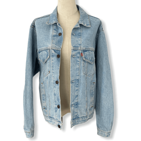LEVIS vintage denim jacket M