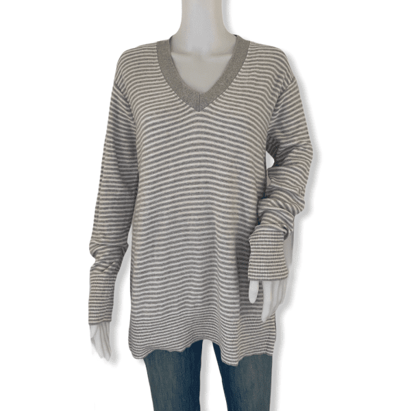 TOMMY HILFIGER striped white and grey sweater L