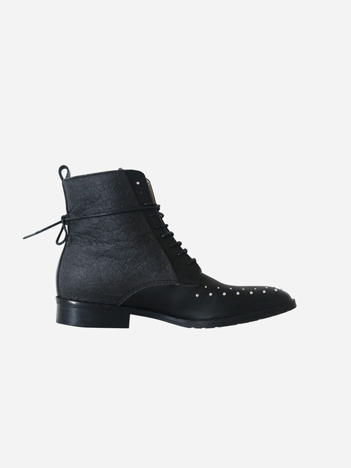Tarantula Studded Vegan Piñatex Leather Boots | Black