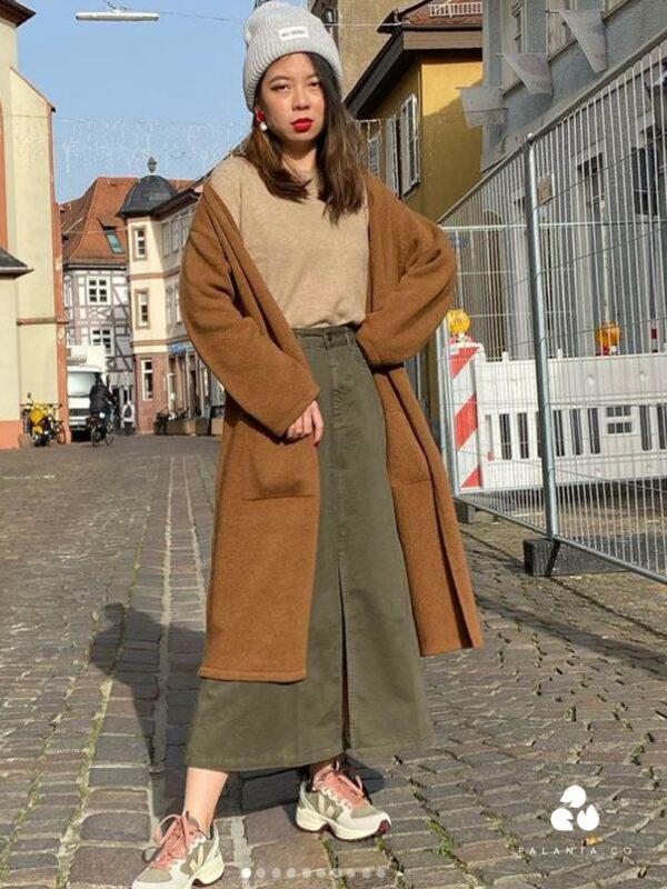 Davina Lambs Wool Jumper in Navy