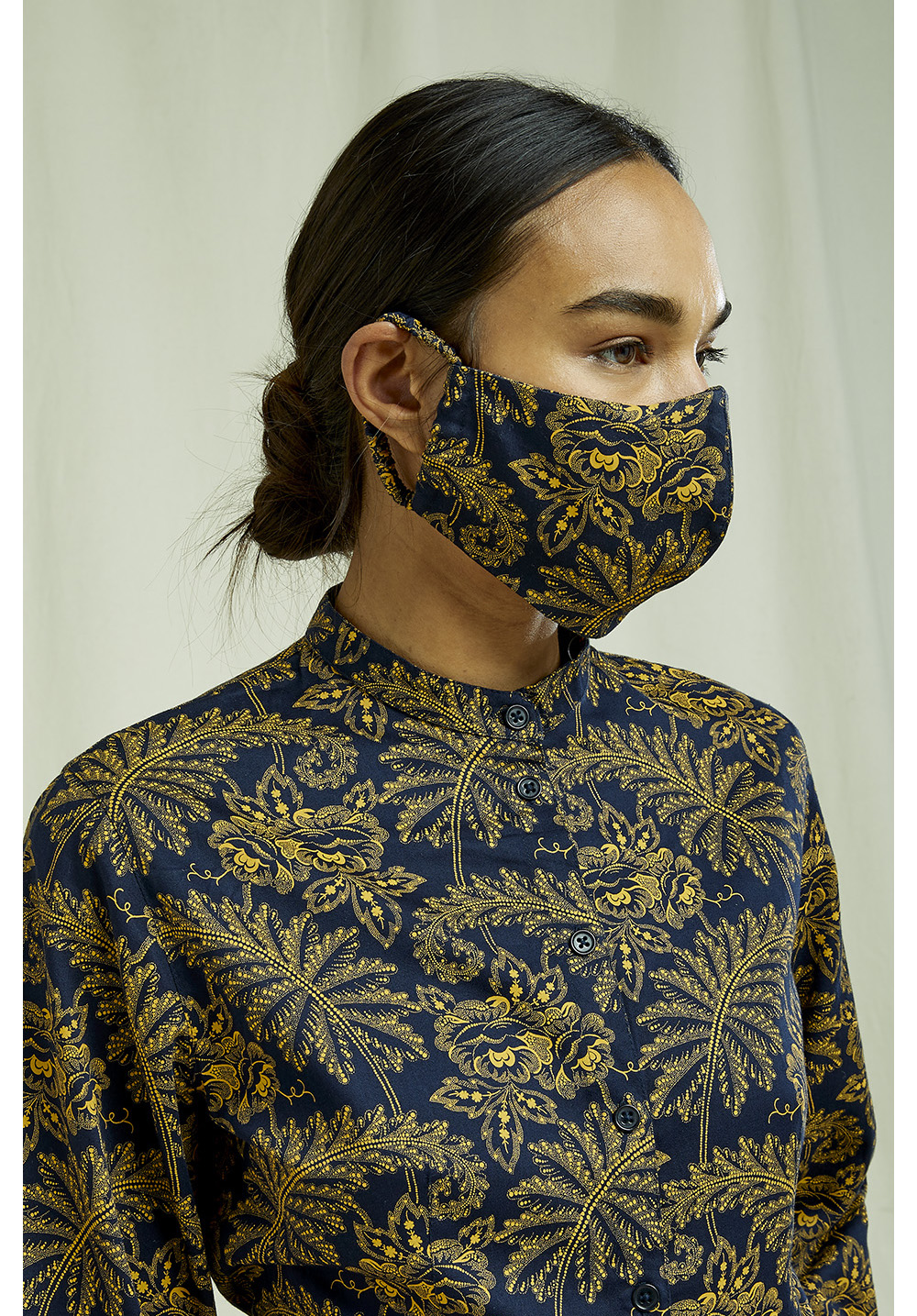 V & A Rosa Print Protective Mask