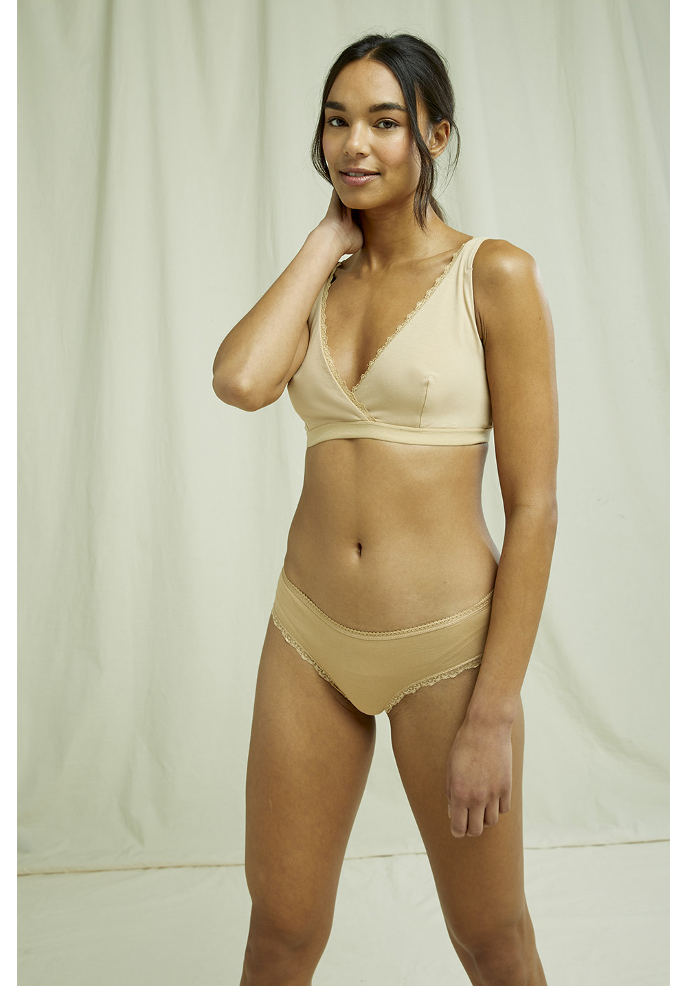 Lace Hipster in Almond