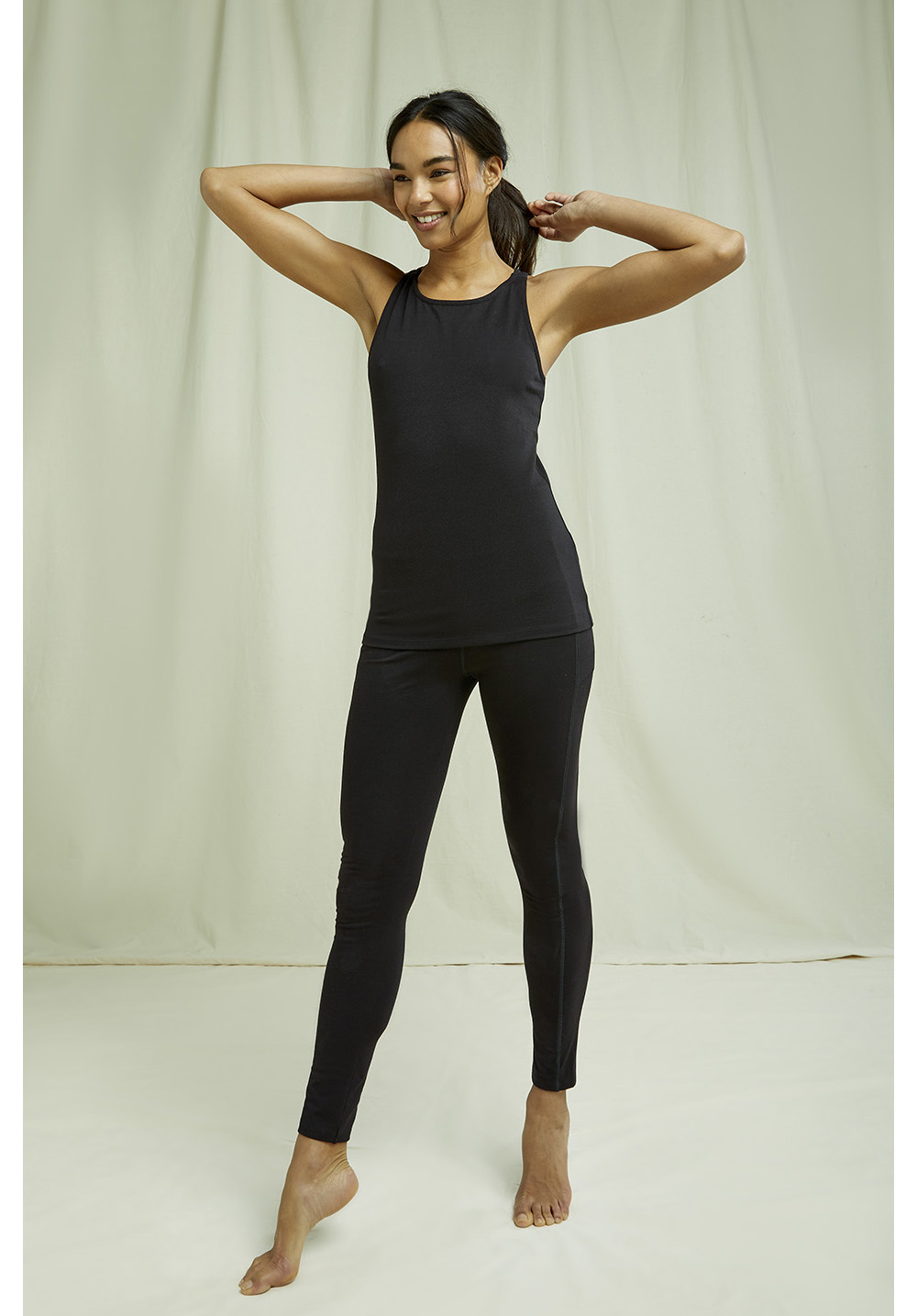 Yoga Racer Back Vest In Black