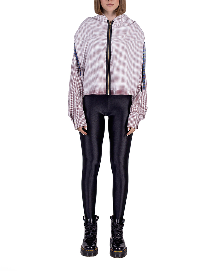 One reworked shirt = zipped light hoodie