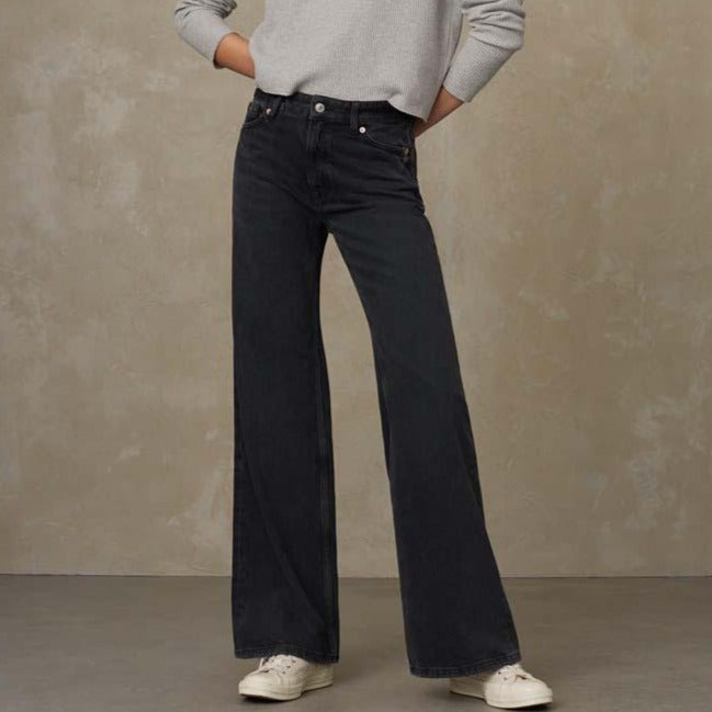 Jane High Waisted Jeans Eco Recycled Grey Worn