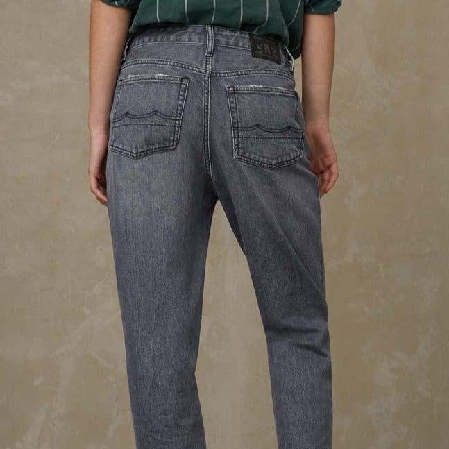 Kings of Indigo Caroline High Waist Jeans Carson Flintstone Grey Worn
