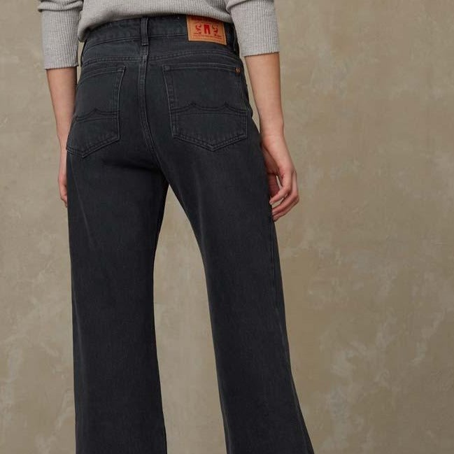 Kings of Indigo Jane High Waisted Jeans Eco Recycled Grey Worn