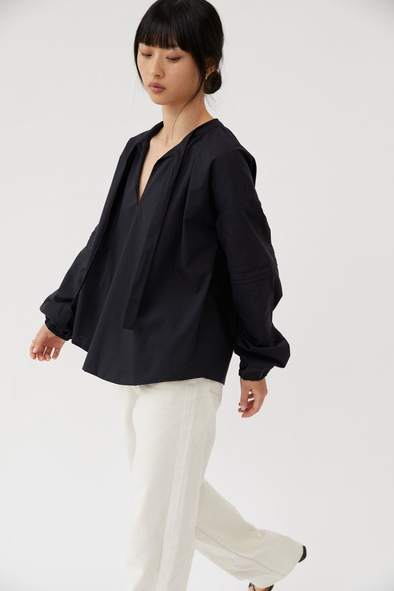Puff-Sleeved Blouse Black