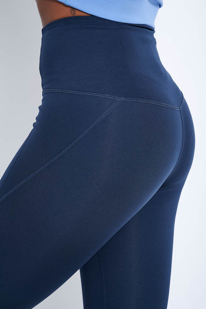 Compressive High Waisted 7/8 Legging - Midnight