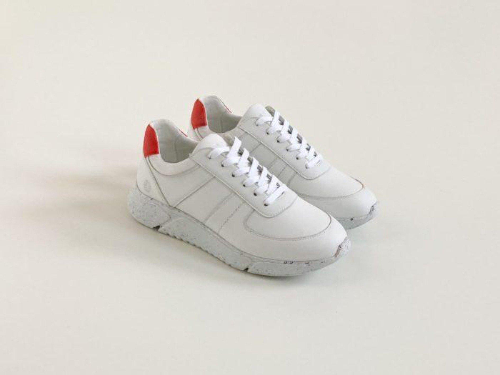 Challenge V2 Sustainable Panel Sneaker – White
