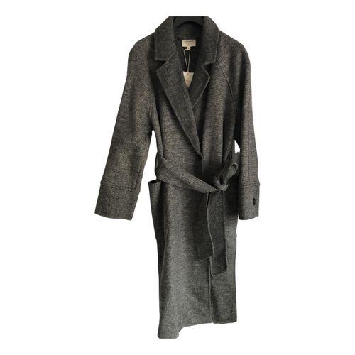 Sézane Fall Winter 2019 wool coat