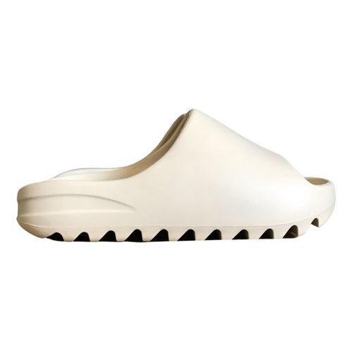Yeezy x Adidas Slide mules