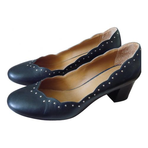 Sézane Spring Summer 2020 leather heels